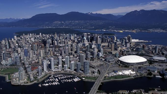 Moving to Canada International Shipping To Vancouver