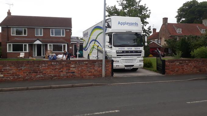Local Removal Across Hull